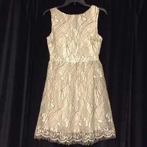New Francesca's Small White & Black Floral Dress